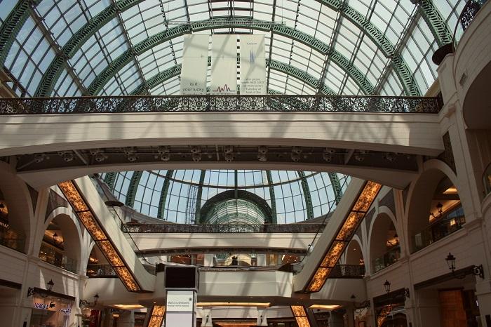 Ein Bereich in der Mall of the Emirates. Für Shopping-Fans ist Dubai ein ideales Plfaster für wahre Kaufräusche.