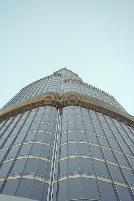 Auch in 450m Höhe fangt man die Spitze des Turms nur mit Mühe und Not ein.
