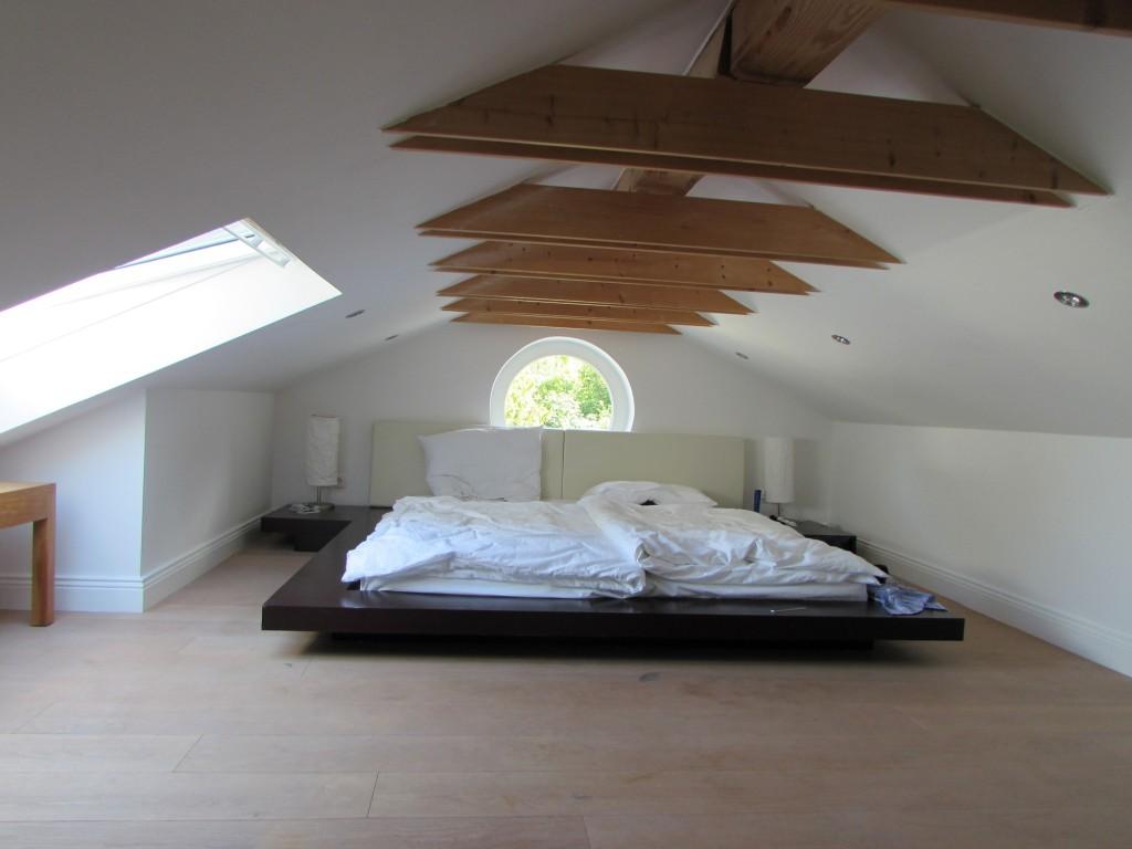 Schlafzimmer Dachgeschoss – drei Städte
